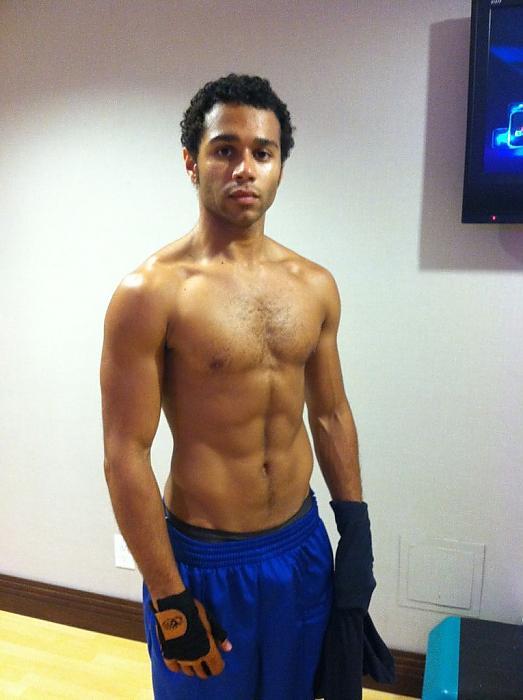 Black Male Athletes Archives - Naked Black Male Celebs