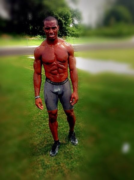 Brandon Boykin Half Nude And Showing Bulge